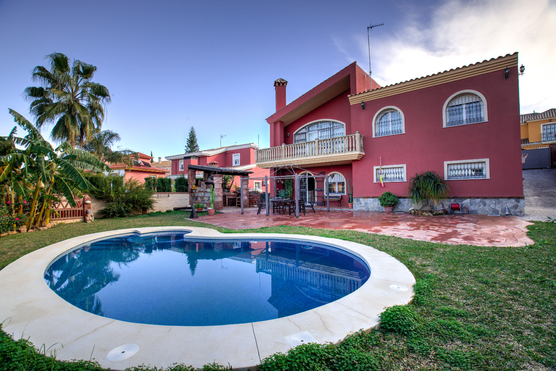 Villa for rent in Alhaurin de la Torre